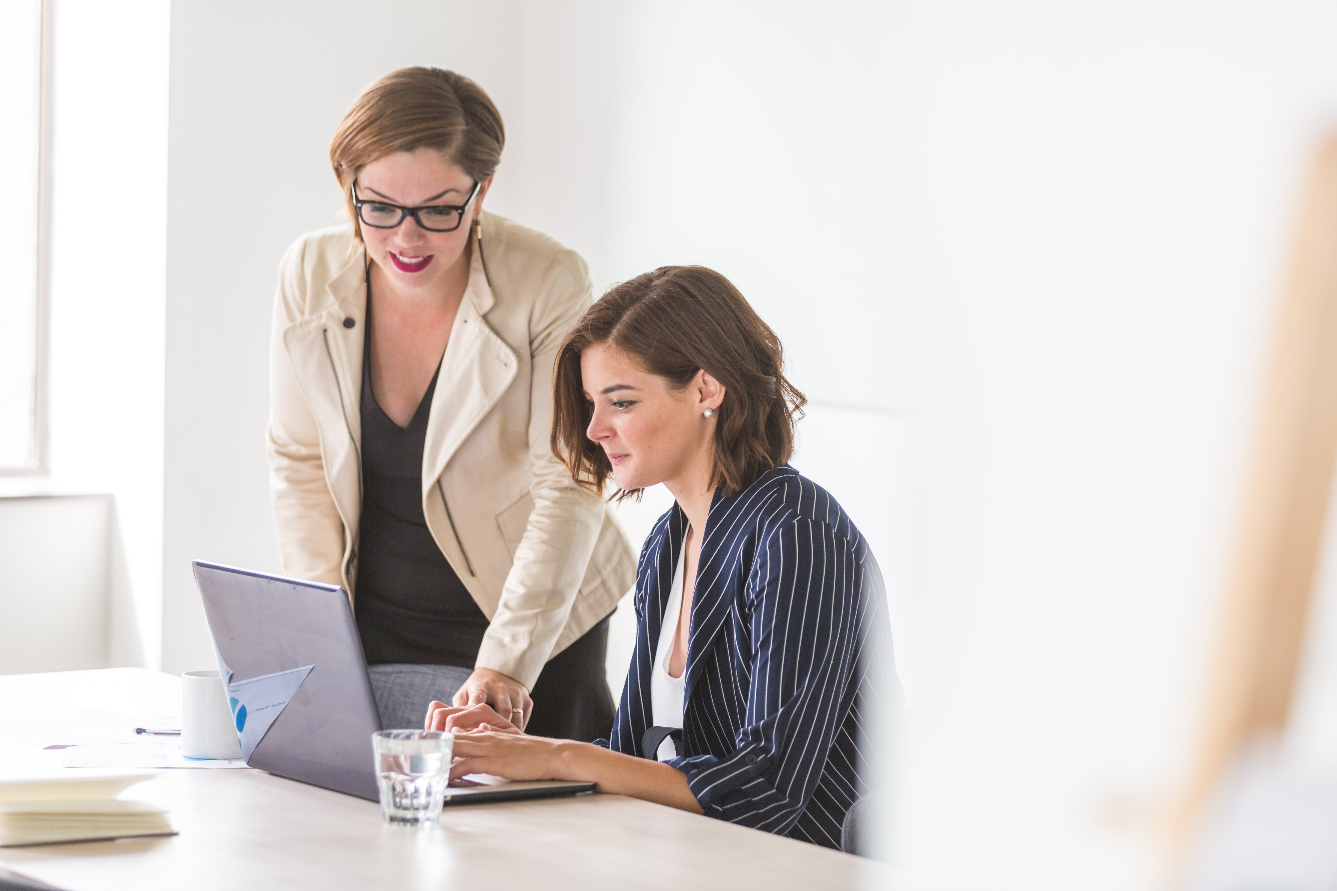 https://www.rencenter.org/wp-content/uploads/2019/10/business-women-working.jpg